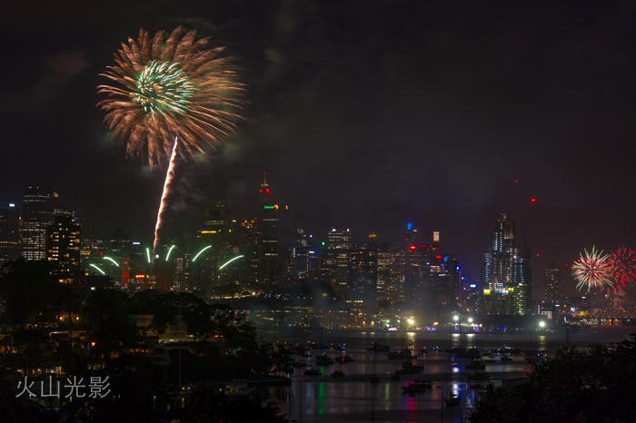 2015年悉尼新年焰火秀_图1-4