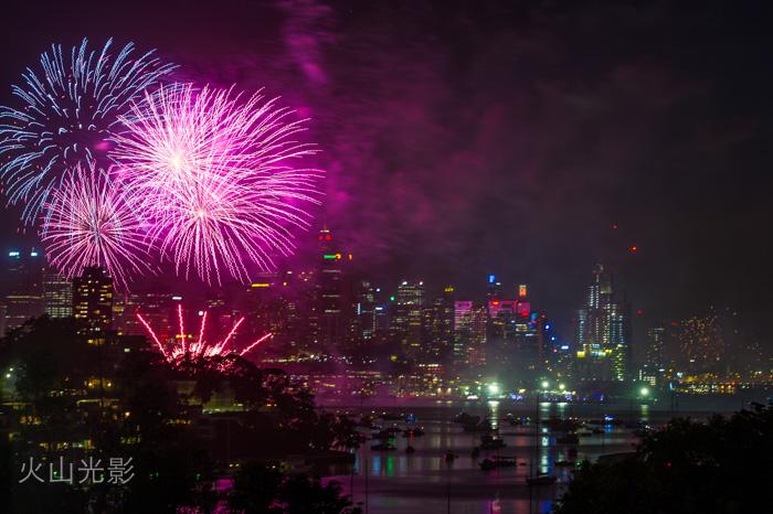 2015年悉尼新年焰火秀_图1-5