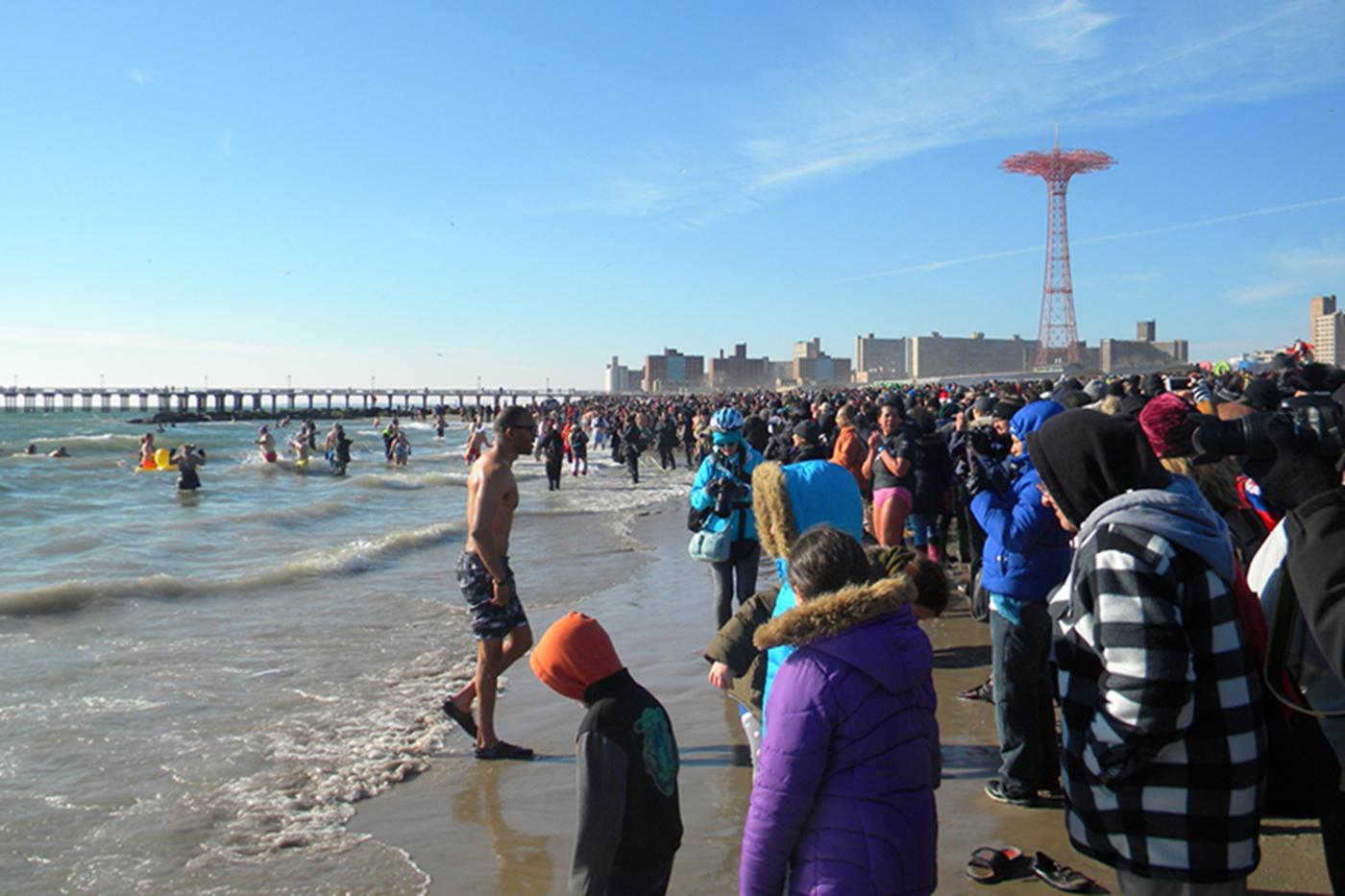 纽约客,冬泳乐_图1-34