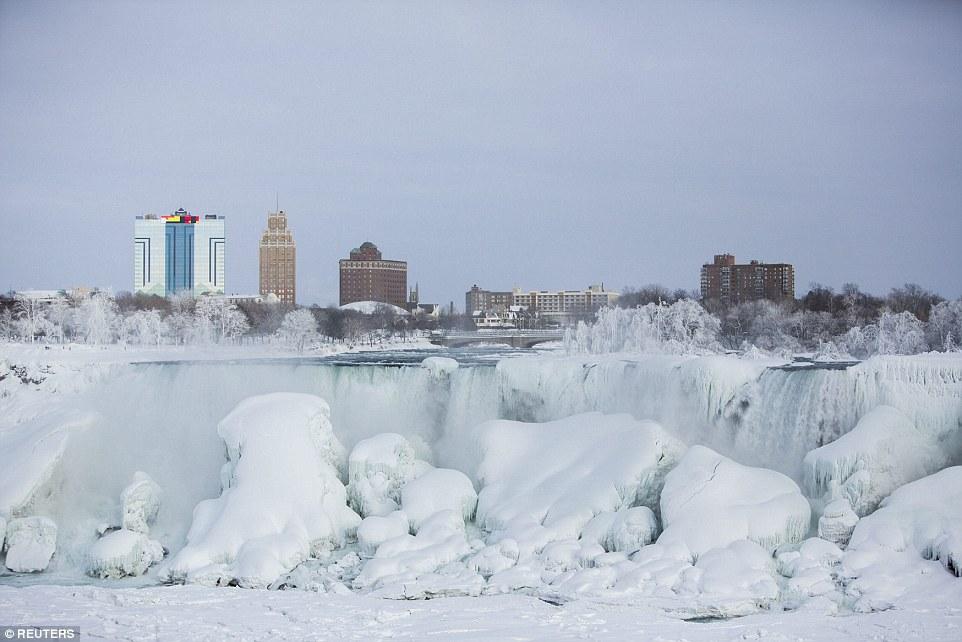 世界八大奇景之一被冻住了!_图1-1