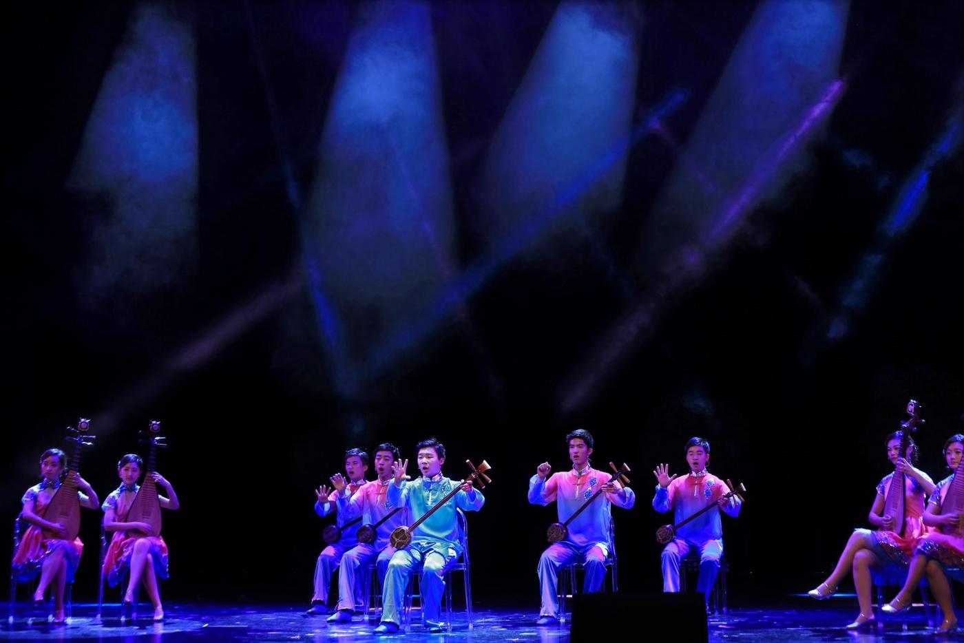 【达威】逆光下的舞台摄影_图1-17