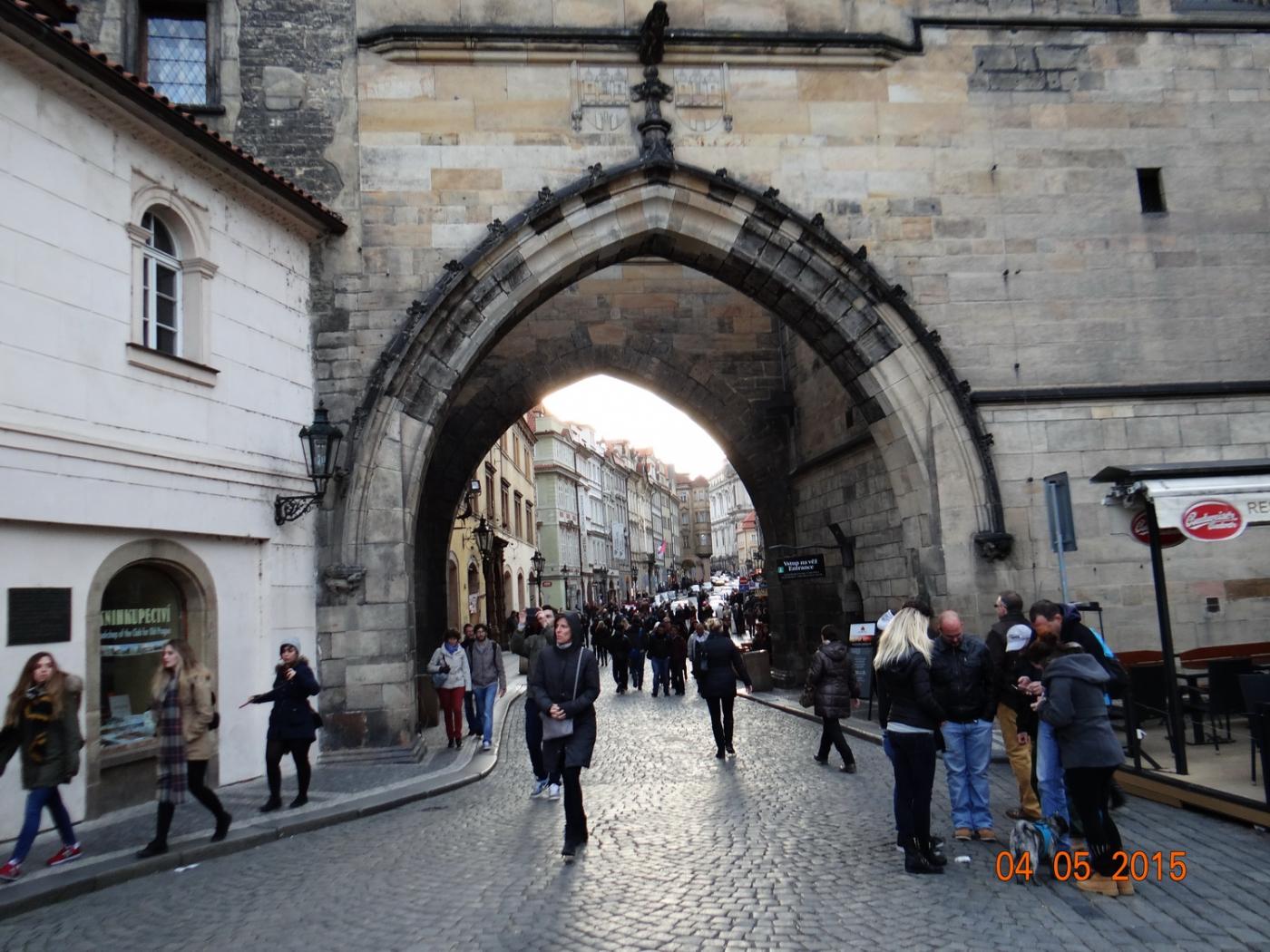 布拉格之春_图1-40