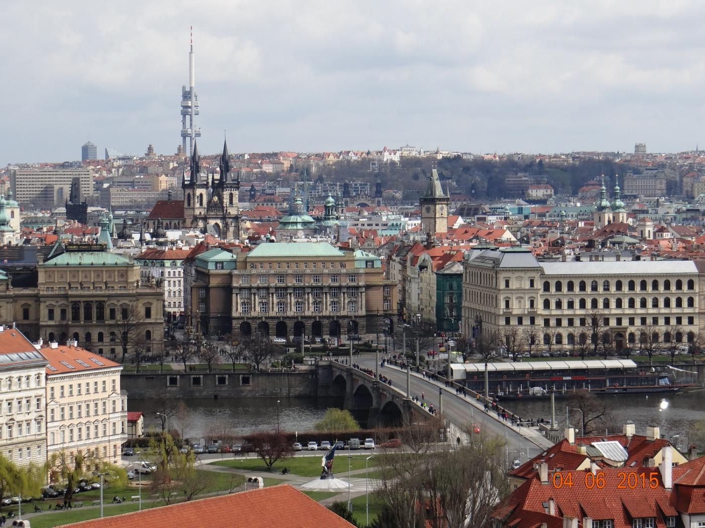 布拉格之春_图1-55