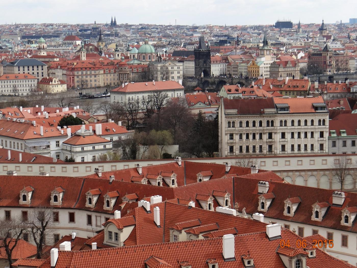 布拉格之春_图1-56