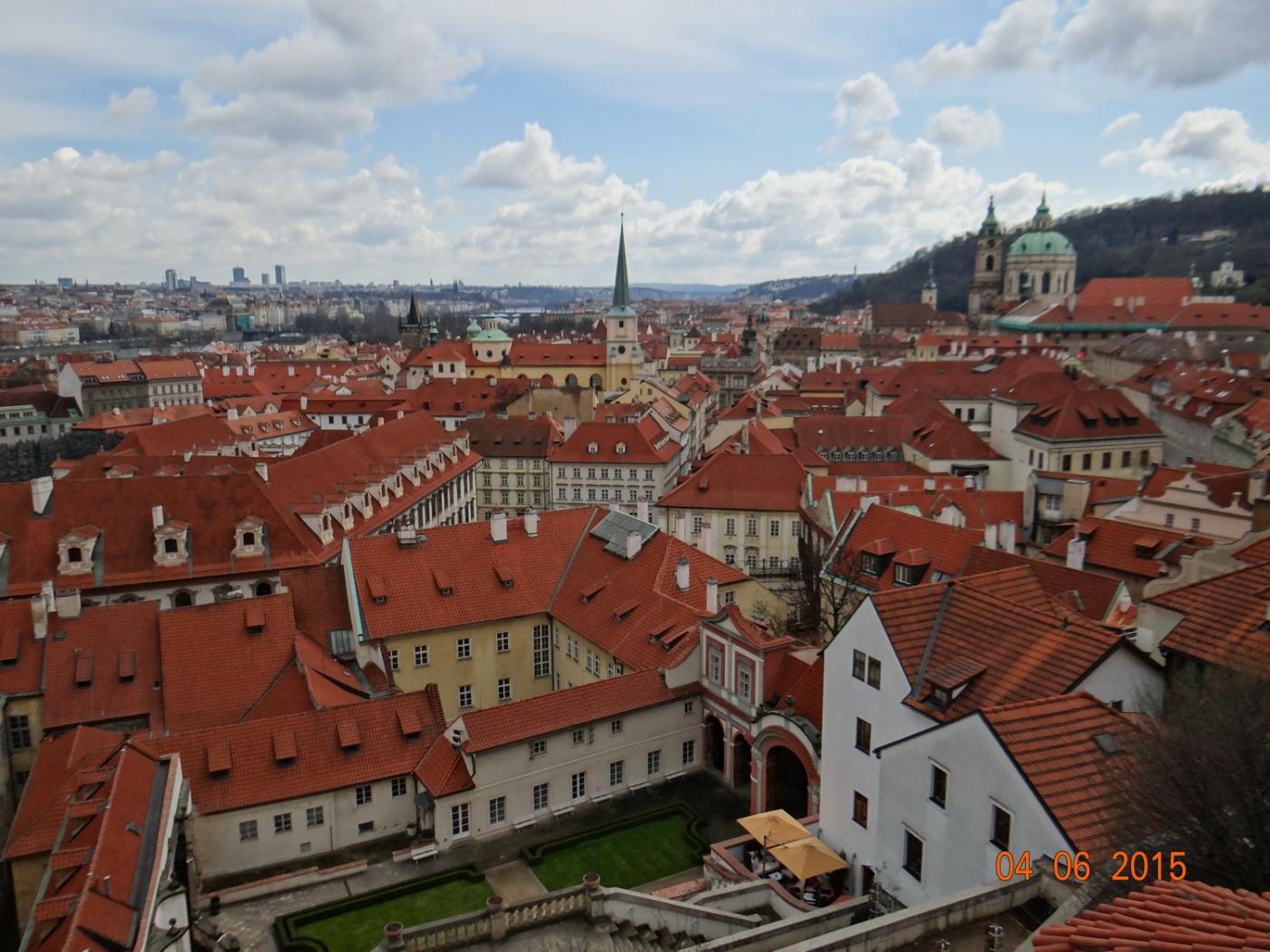 布拉格之春_图1-54