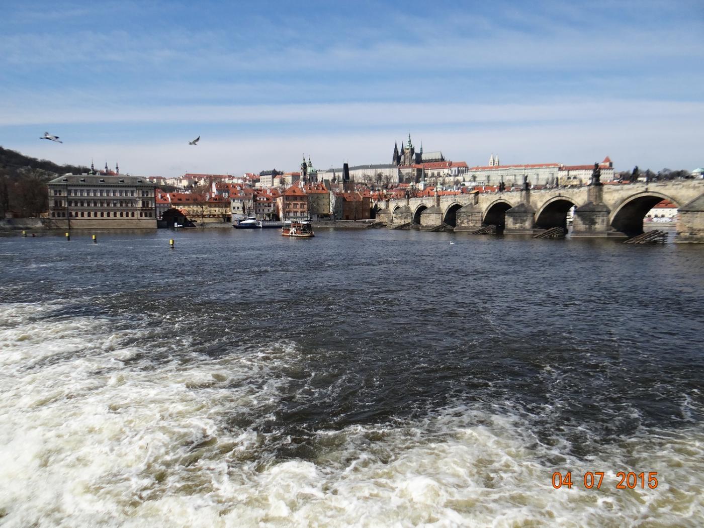 布拉格之春_图1-35