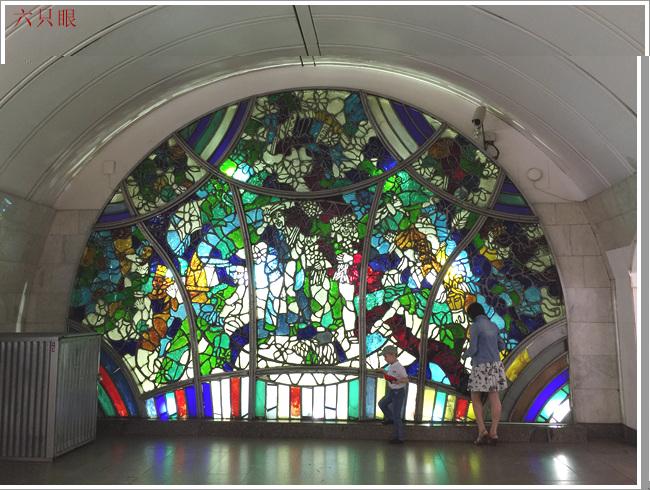"""六只眼:享有""""地下的艺术殿堂""""之美称的莫斯科地铁站_图1-4"""