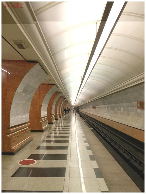 """六只眼:享有""""地下的艺术殿堂""""之美称的莫斯科地铁站_图1-1"""