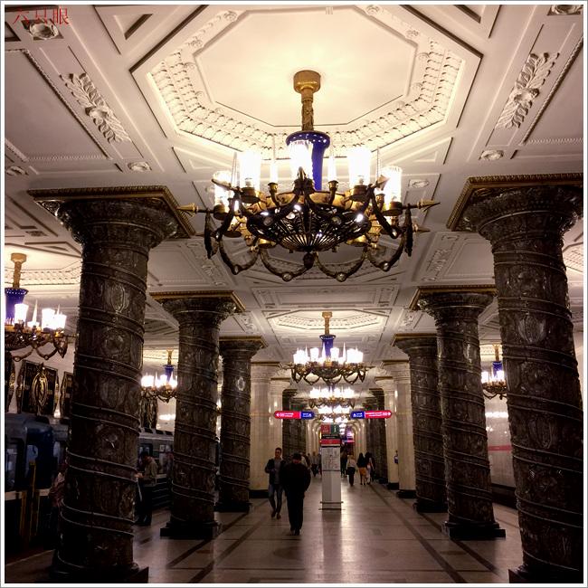 """六只眼:享有""""地下的艺术殿堂""""之美称的莫斯科地铁站_图1-3"""