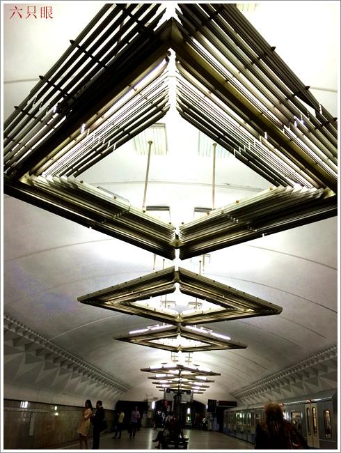 """六只眼:享有""""地下的艺术殿堂""""之美称的莫斯科地铁站_图1-17"""