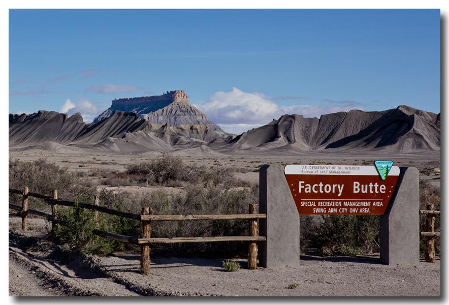 《酒一船摄影》:24号公路和 Goblin Valley 州立公园 - 西行大环圈之九 ..._图1-10