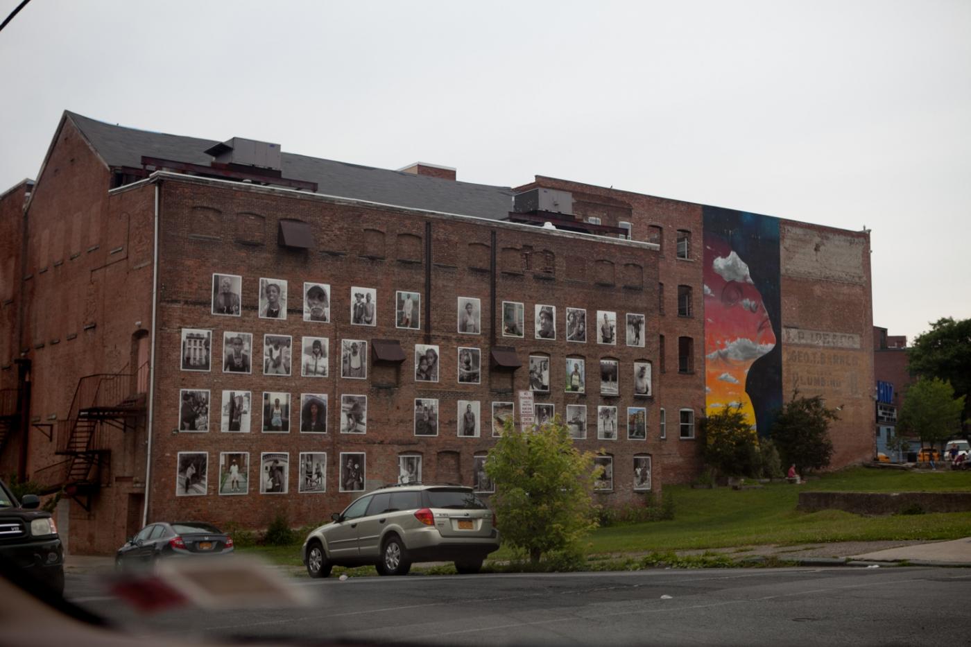 新堡:城市肖像