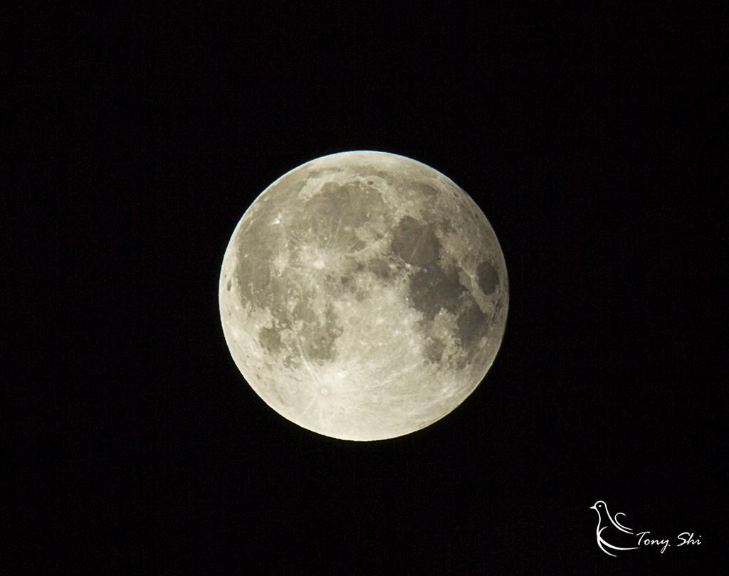 见证天文奇观【超级月亮+月全食】_图1-17