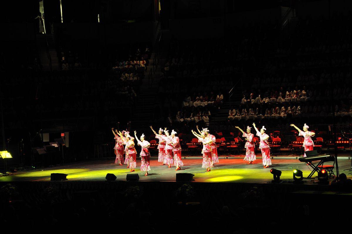 黄河大合唱 - 波士顿纪念抗战胜利70周年文艺演出_图1-4