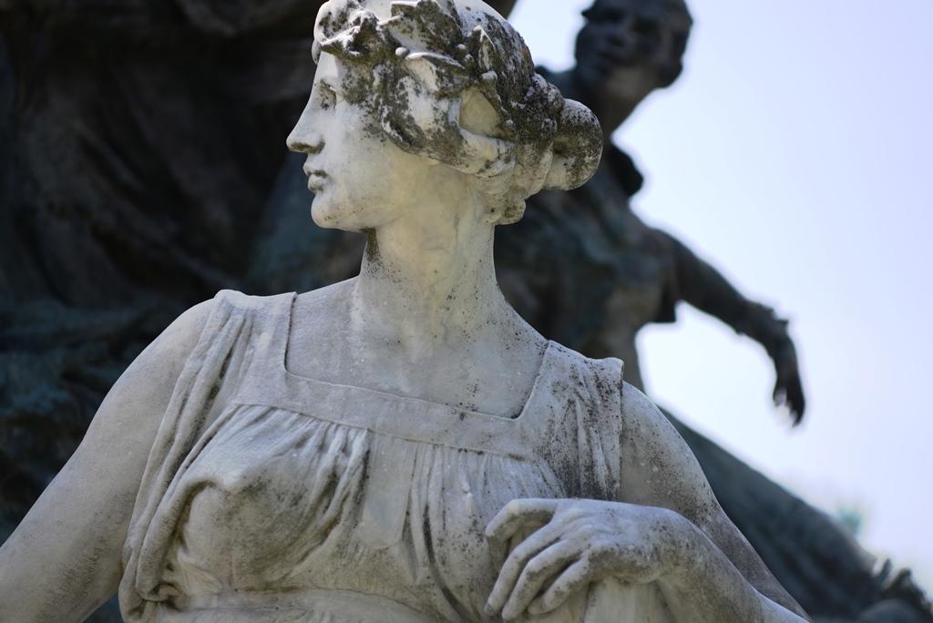 激情西班牙:浪漫的中世纪_图1-24