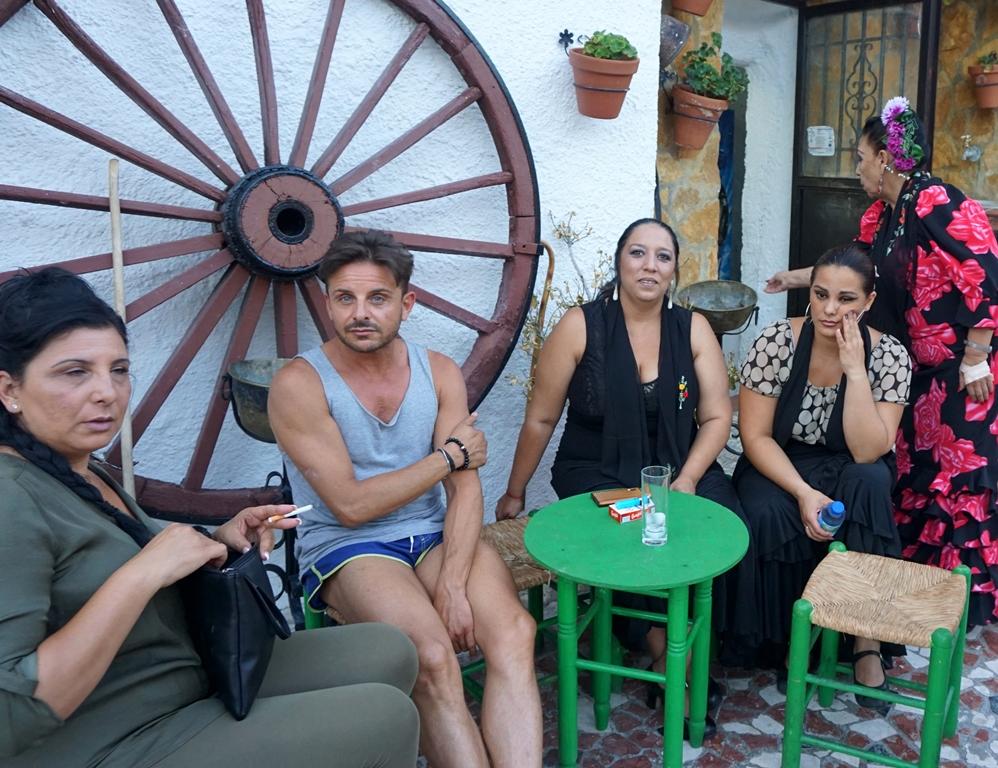 激情西班牙:吉普赛人的悲歌_图1-2