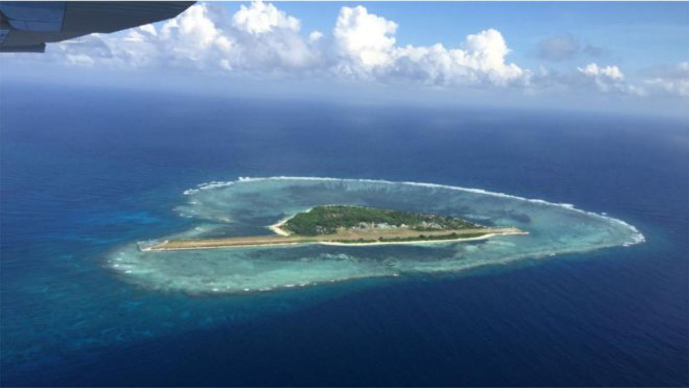 "BBC记者窥探中属""人造岛礁""实录_图1-4"