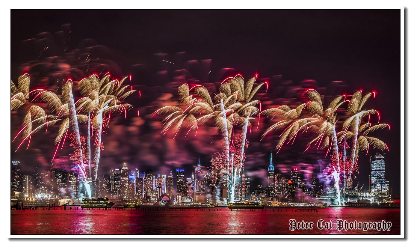 昨晚纽约施放焰火来庆祝中国猴年_图1-3