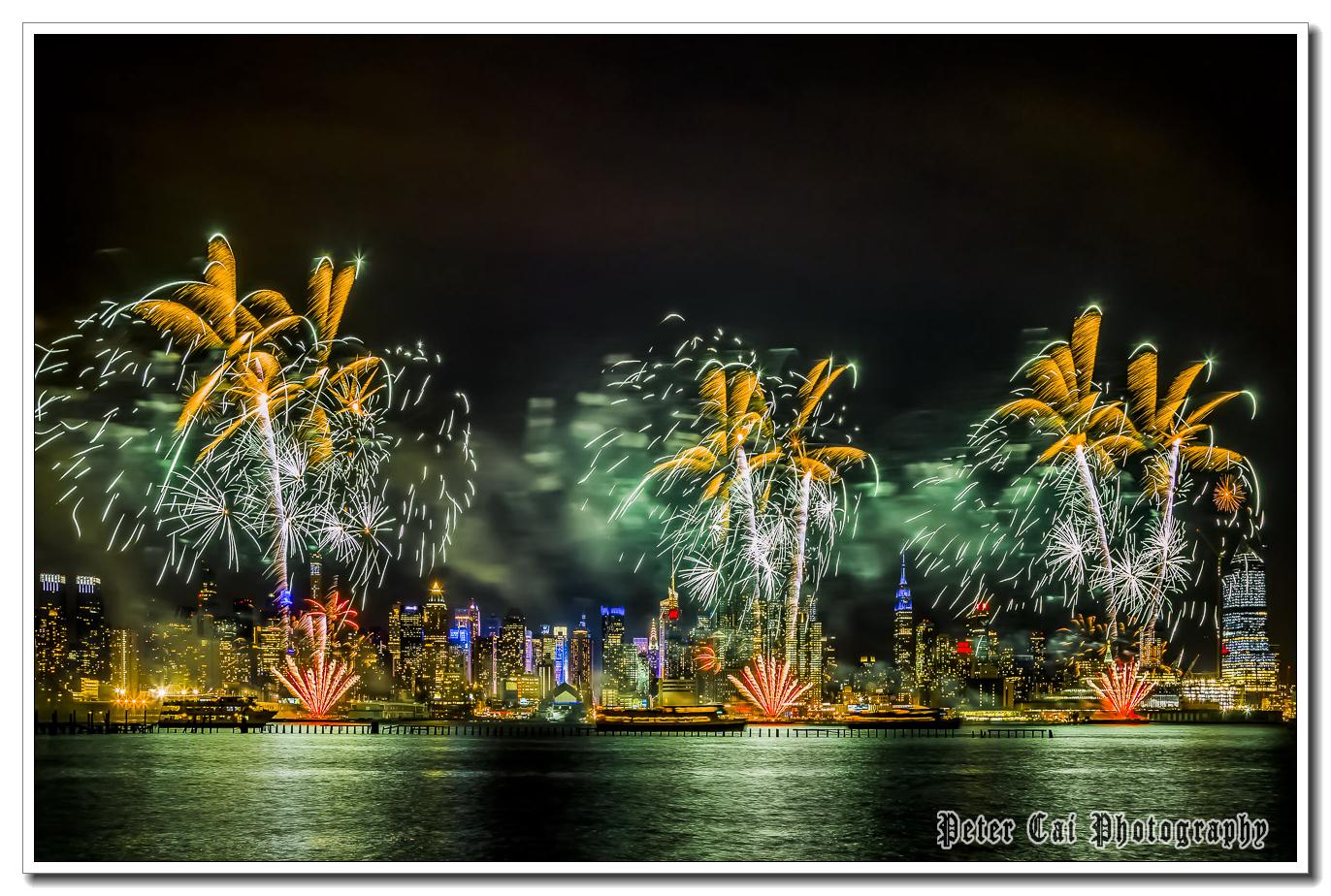 昨晚纽约施放焰火来庆祝中国猴年_图1-8
