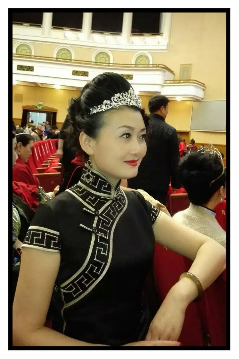 女人因旗袍而美丽 世界因旗袍而精彩_图1-8