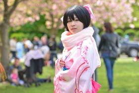 樱花节上的变装秀