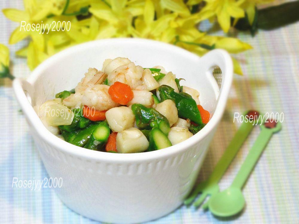 虾仁鲜贝炒芦笋_图1-1