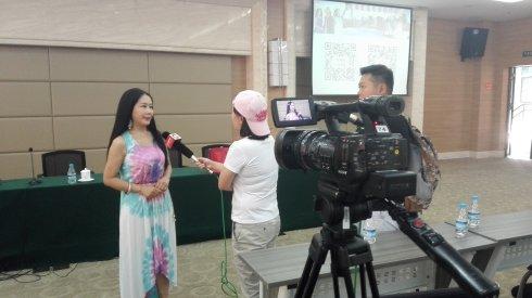 高娓娓:重庆新闻学院大讲堂的分享交流会_图1-10