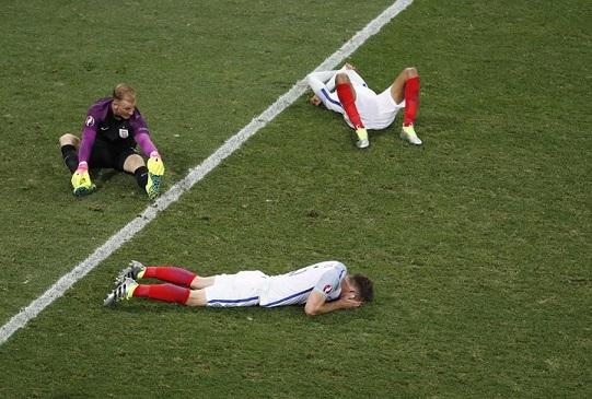 足球的盛夏:不正是人生的一锅提炼_图1-1