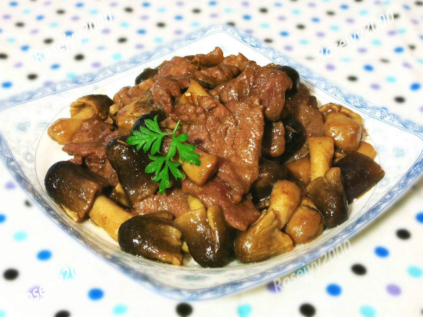 蠔油草菇牛肉_图1-1