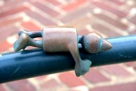 海牙.铜雕塑   2