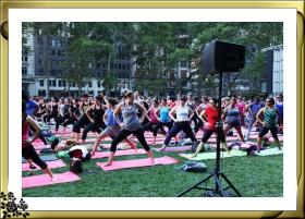 布莱恩公园周四下午6时免费参加瑜伽训练有