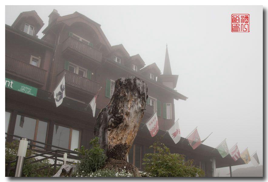《酒一船摄影》:悬崖上的小镇,烟雨缪伦(Mürren)_图1-12