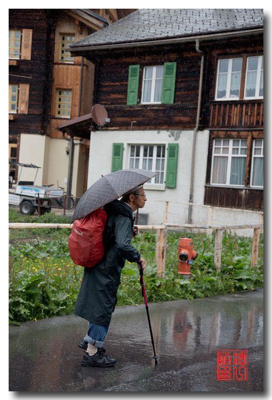 《酒一船摄影》:悬崖上的小镇,烟雨缪伦(Mürren)_图1-17