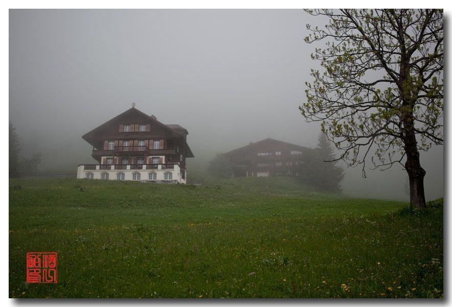 《酒一船摄影》:悬崖上的小镇,烟雨缪伦(Mürren)_图1-24