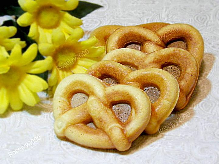 蛋奶蝶形卷饼Pretzel_图1-1