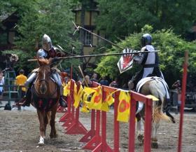 美国中世纪时期男人女人决斗