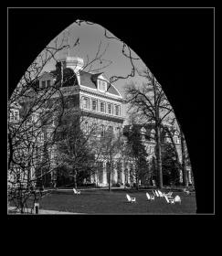 【自由鸟】斯沃斯莫爾學院的主校楼,很气派