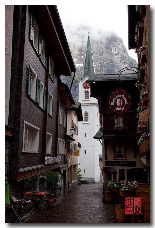 《酒一船摄影》:瑞士的温泉小镇:洛伊克巴德 (Leukerbad)_图1-11