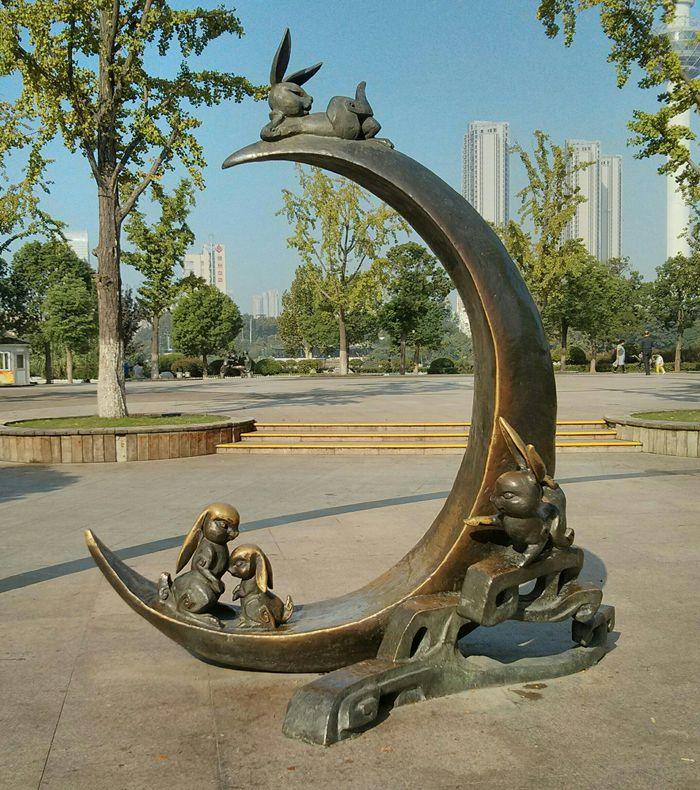 十二生肖铜雕像_图1-4