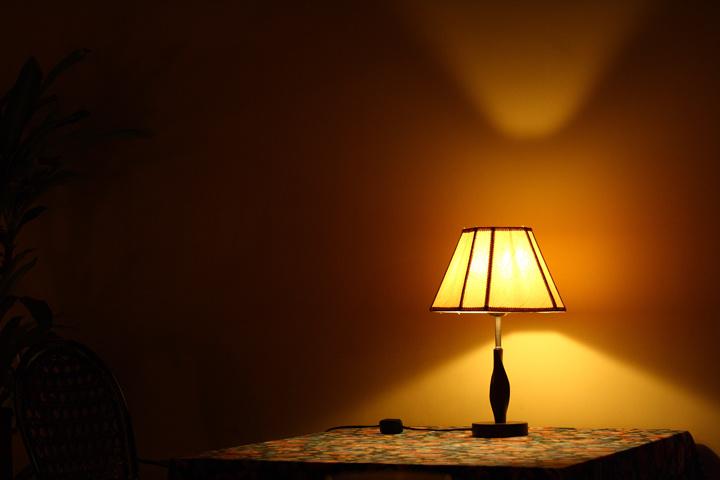 你以为灯光可以取暖吗?_图1-1