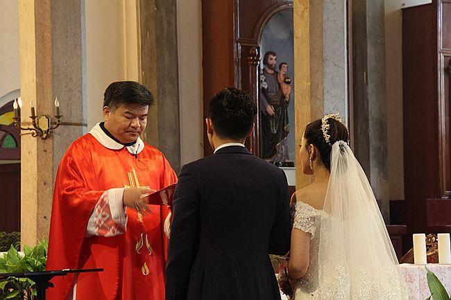 教堂婚礼随拍_图1-5