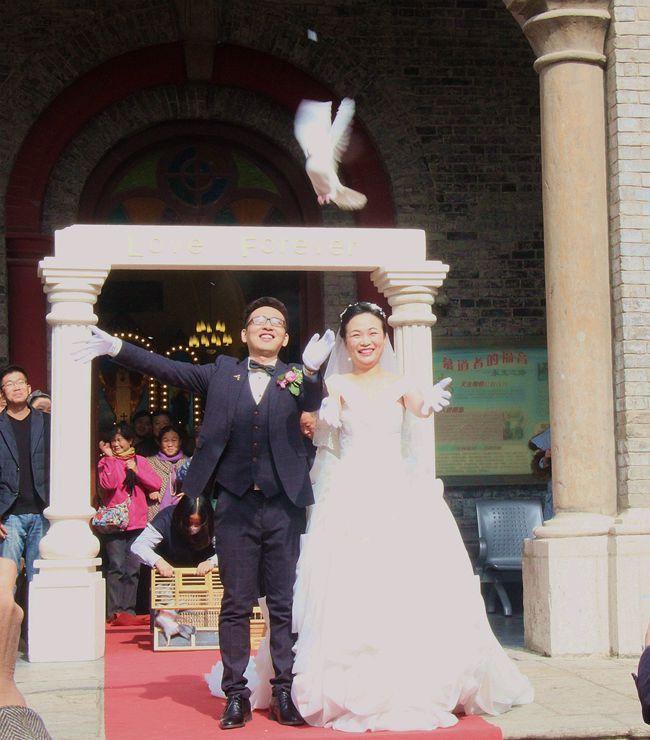 教堂婚礼随拍_图1-9