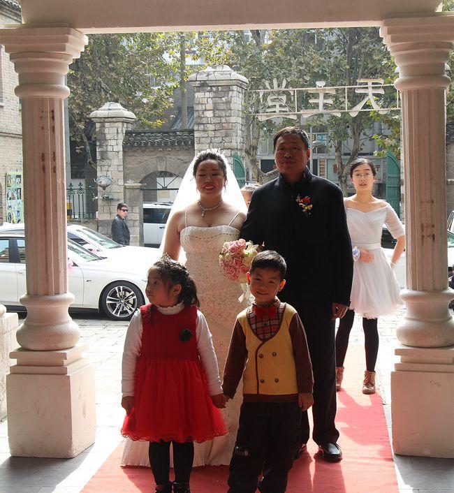 教堂婚礼随拍_图1-13