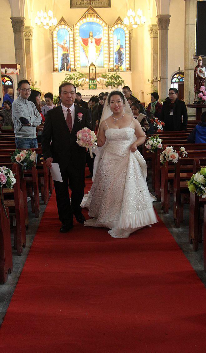 教堂婚礼随拍_图1-16