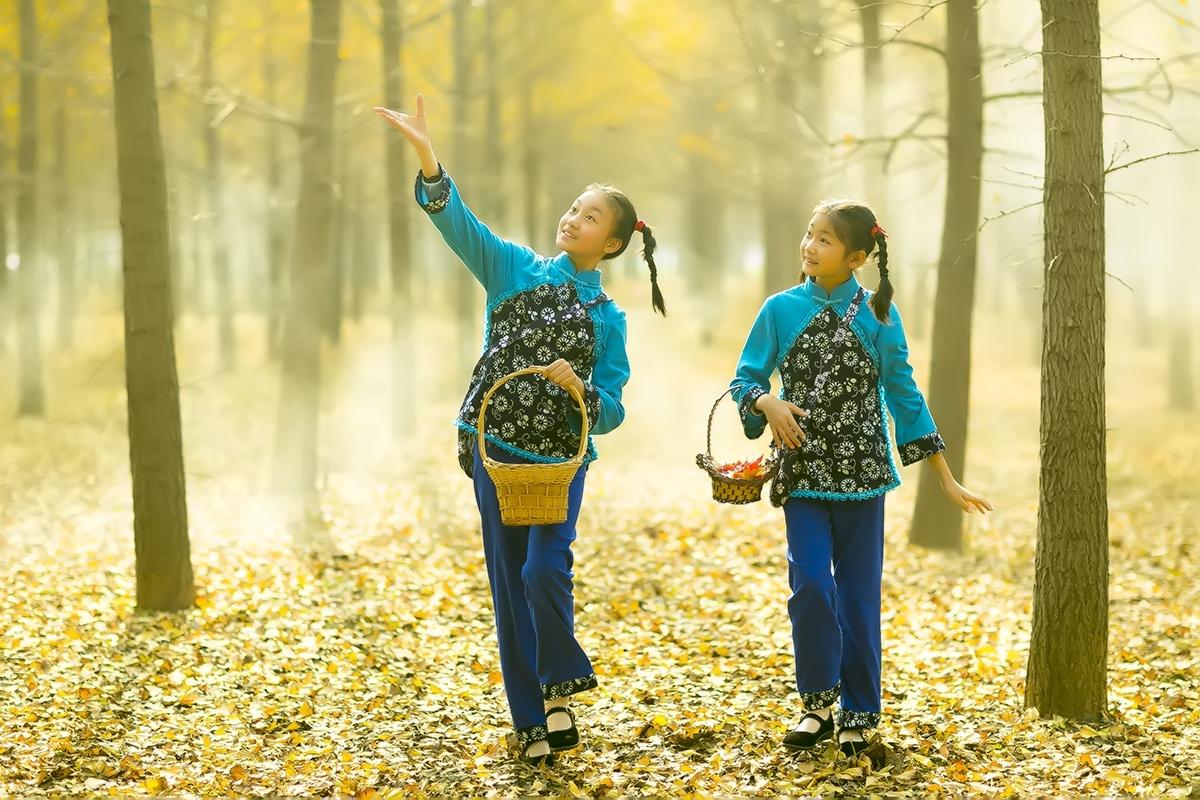 临沂又发现一摄影天堂 发现两位美丽小精灵_图1-2