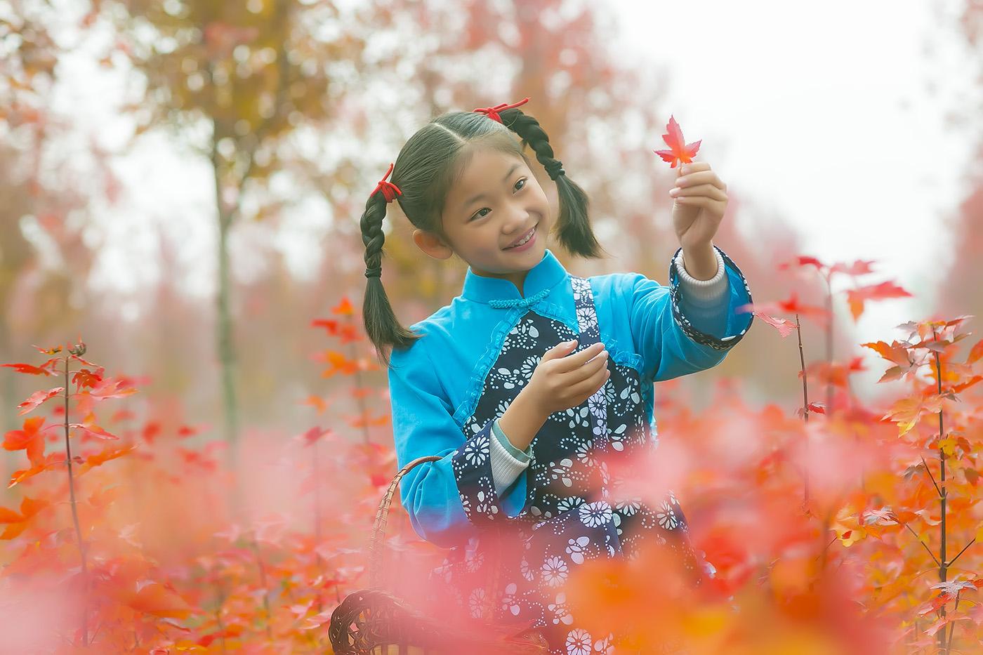 沂蒙山区竟然有这么一片童话般的树林 沂蒙小精灵火红的童年来袭 ..._图1-10