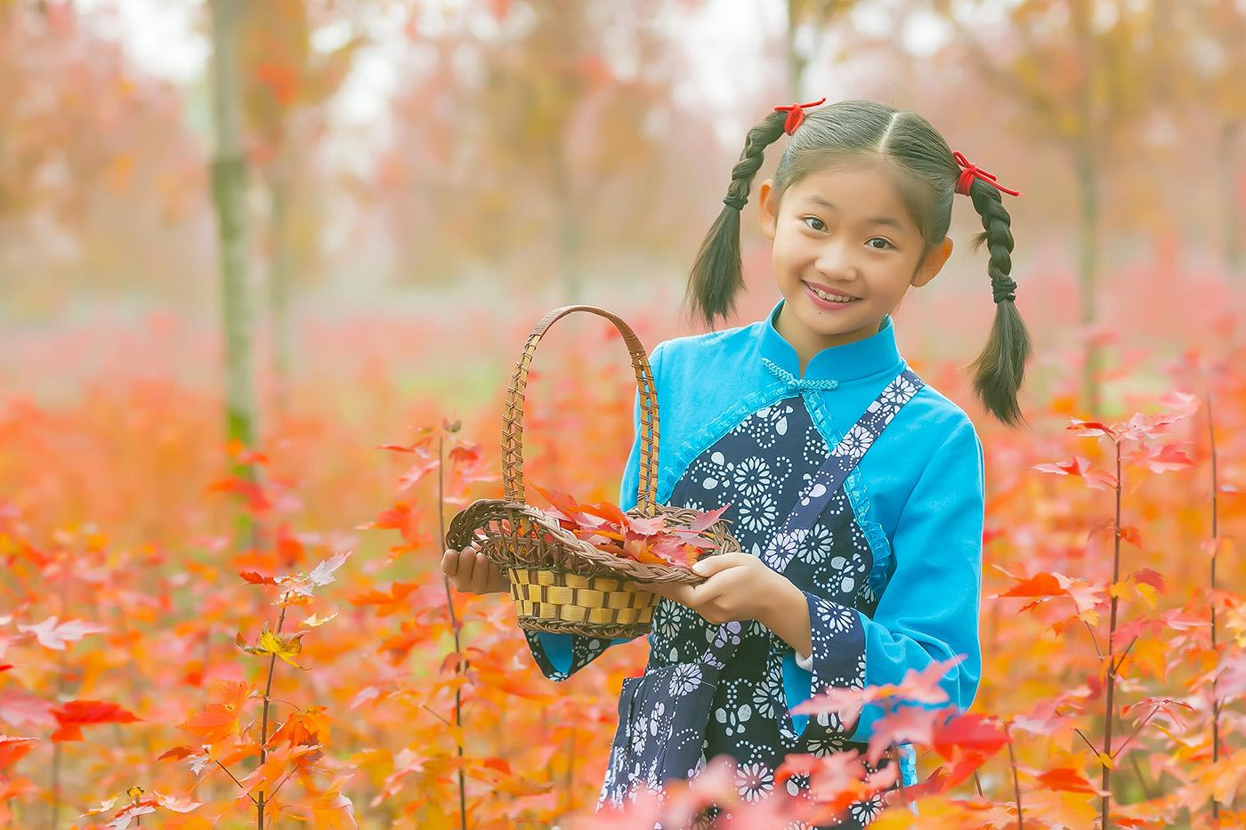 沂蒙山区竟然有这么一片童话般的树林 沂蒙小精灵火红的童年来袭 ..._图1-13