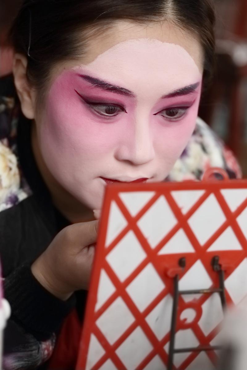 山东柳子戏剧团在寒风中为河东区人民送上一台文化大餐_图1-1