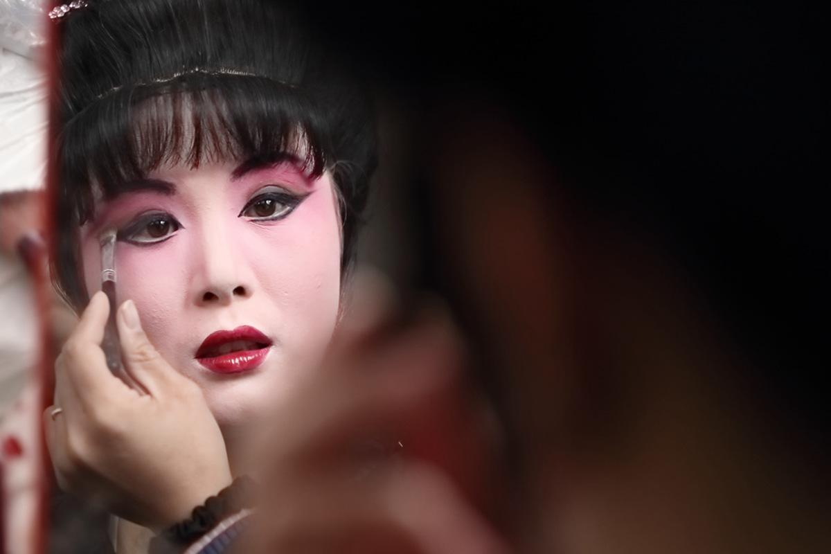 山东柳子戏剧团在寒风中为河东区人民送上一台文化大餐_图1-17