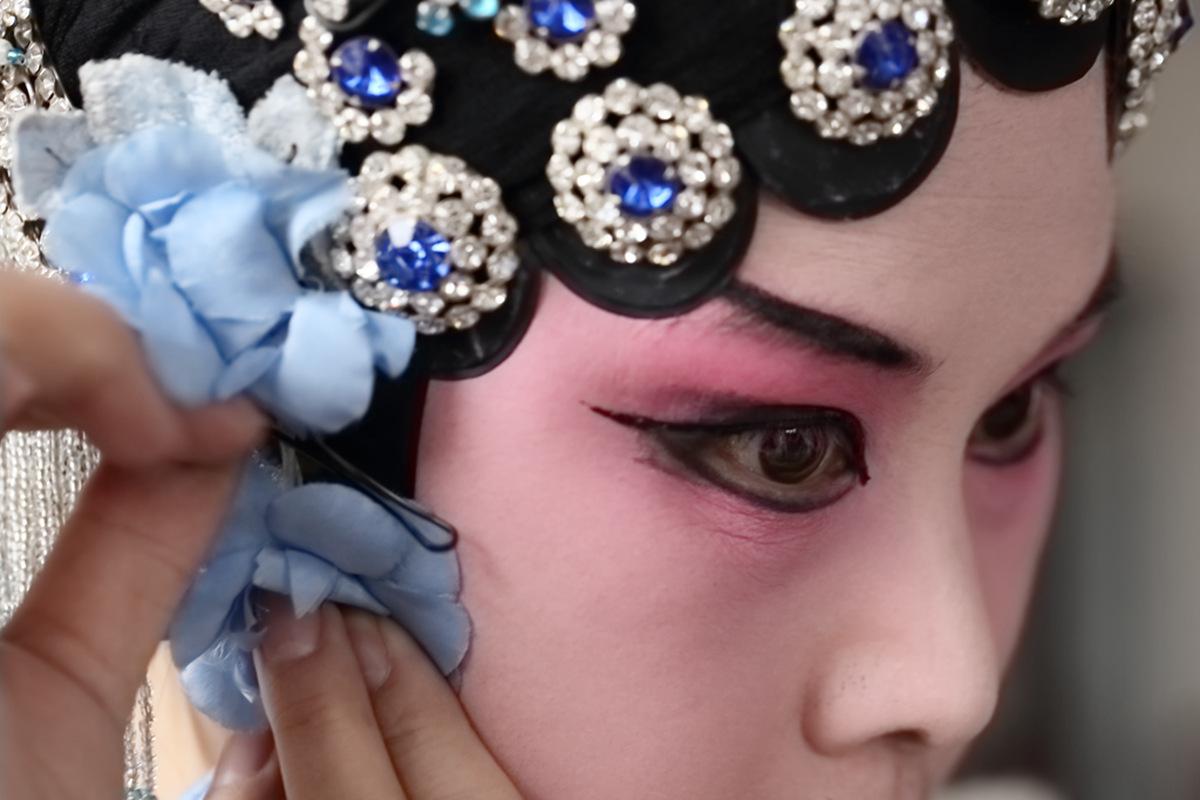 山东柳子戏剧团在寒风中为河东区人民送上一台文化大餐_图1-21